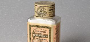 Sprudelsalz-pullo, yksityiskohta. Kuva: TMK