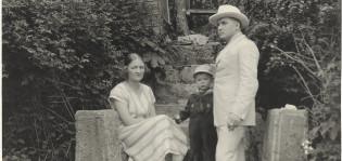 Wäinö Aaltonen Hirvensalossa. Kuva: J. Bögelund, 1920 (rajattu). WA-arkisto
