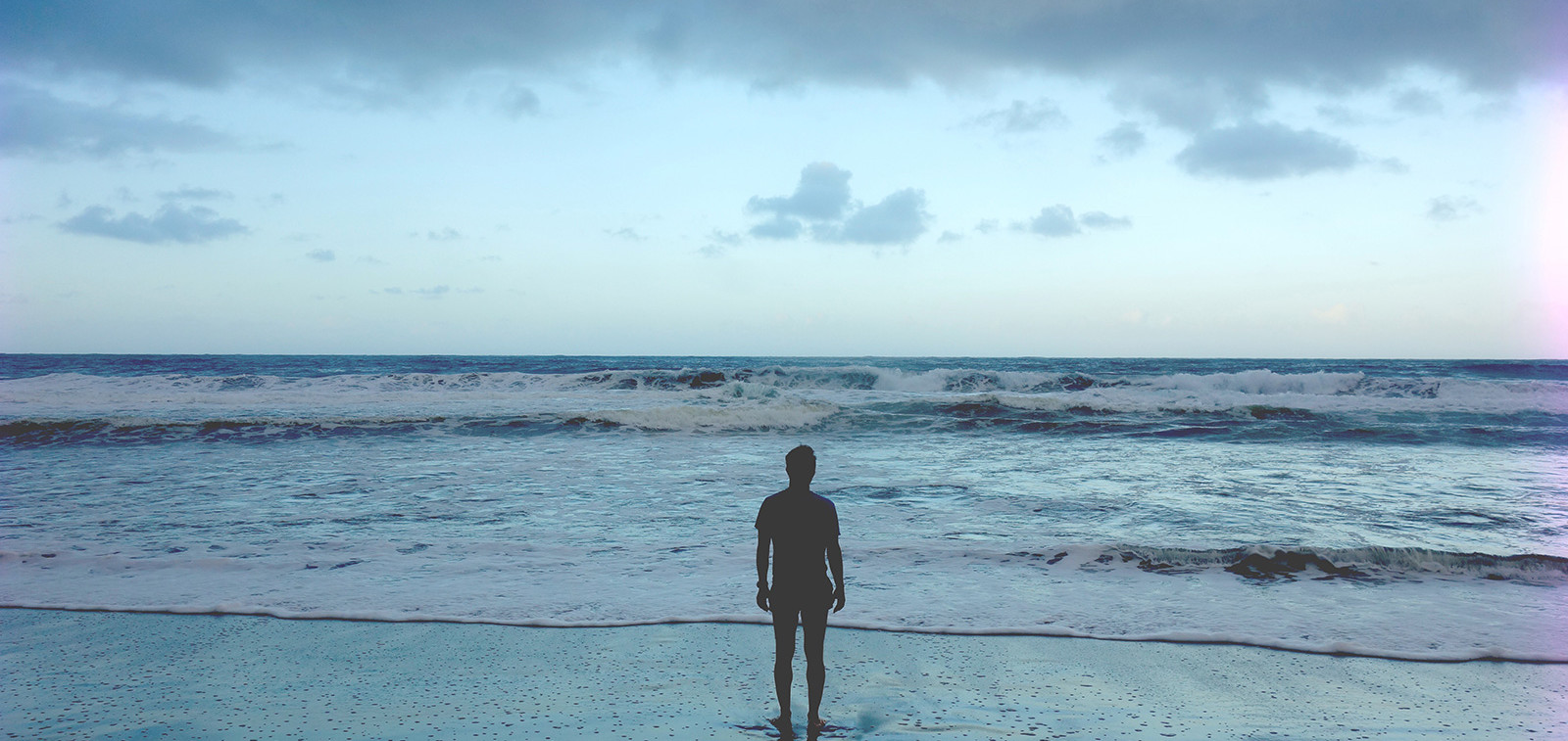 Katse merelle. Kuva: Eeva Puustjärvi, John Nurmisen Säätiö